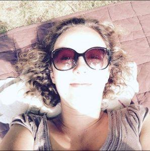 Emilie 5 - Sensible77