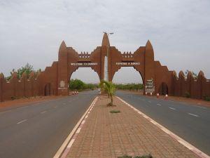 Entrée de Bamako au Mali